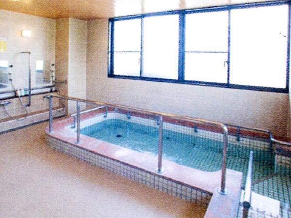 軽費老人ホーム ケアハウス月隈一番館 清潔な浴場